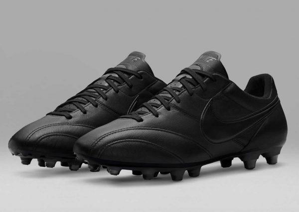 Versión negra de los Premier   Foto Nike