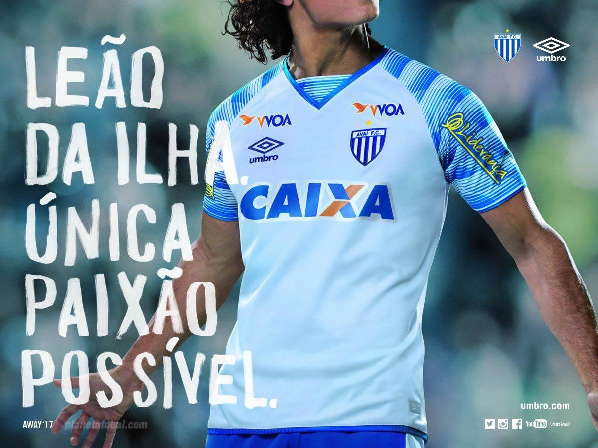 Camiseta suplente del Avaí FC | Foto Umbro