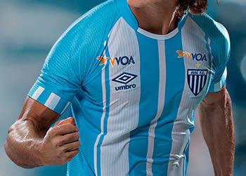 Camiseta titular del Avaí FC | Foto Umbro