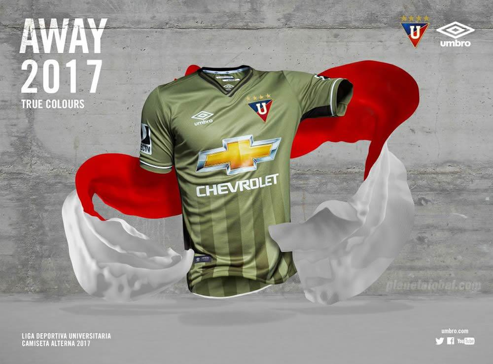 Camiseta suplente de la Liga de Quito para 2017 | Foto Umbro