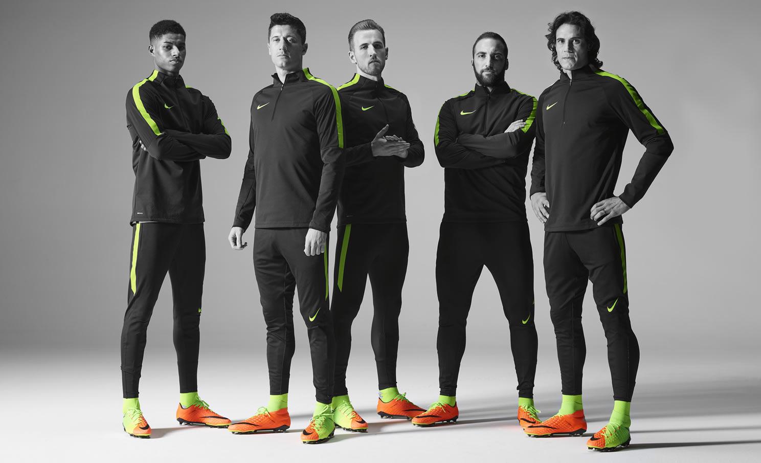 Rashford, Lewandowski, Kane, Higuaín y Cavani con los Hypervenom 3 | Foto Nike