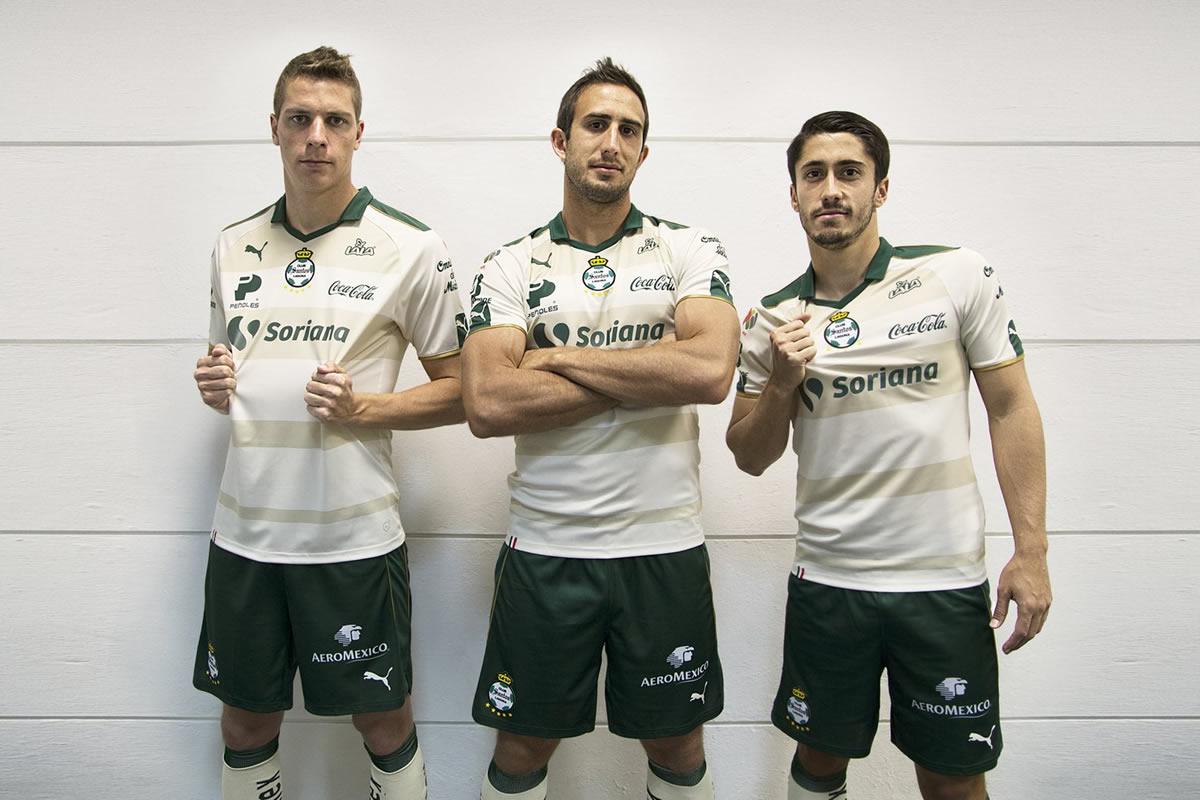 Tercera camiseta del Santos Laguna para 2017 | Foto Puma México
