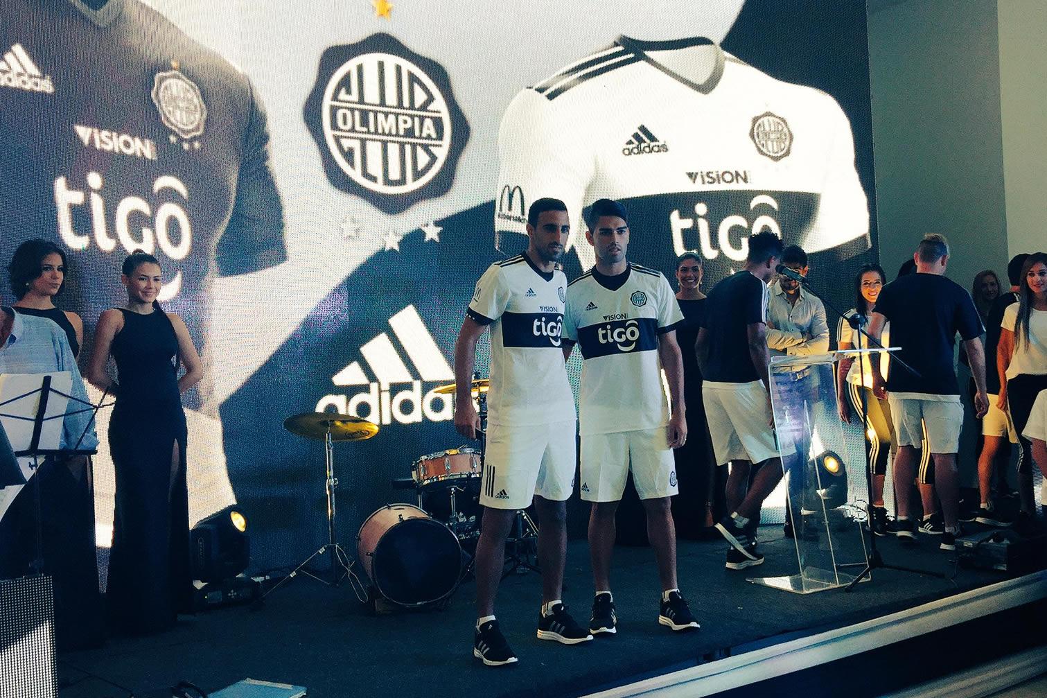 Olimpia presentó sus camisetas 2017 | Foto Adidas