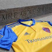 Nueva camiseta suplente del Colorado Rapids   Foto Web Oficial