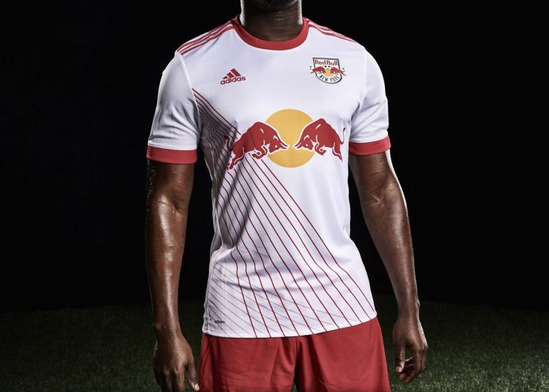 c18298535 Camiseta titular Adidas del New York Red Bulls 2017 18
