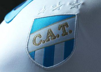 Nueva camiseta de Atlético Tucumán | Foto Umbro