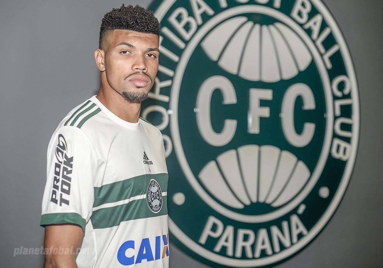Nueva camiseta del Coritiba | Imagen Web Oficial