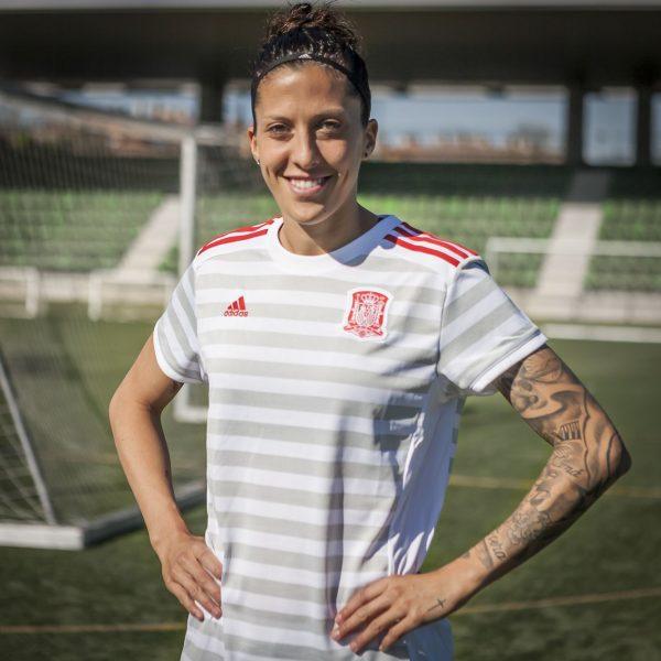 Camiseta suplente de la selección española | Foto FEF