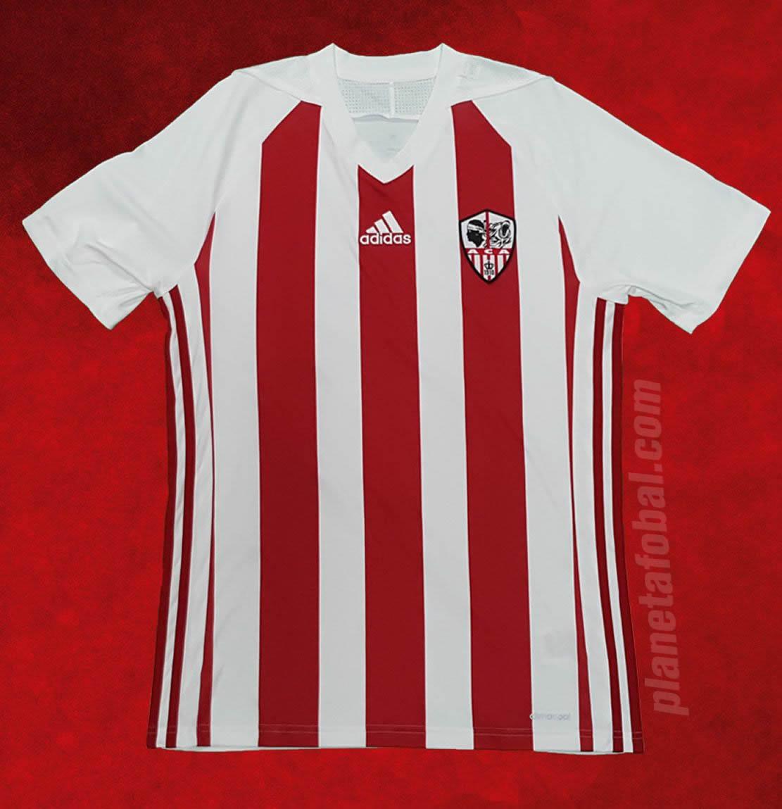 Nueva camiseta titular del Ajaccio | Foto Web Oficial