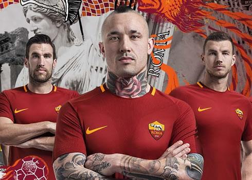 Nueva camiseta 2017-18 de la Roma | Foto Nike