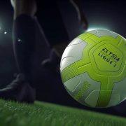 "Balón ""Elysia"" para la Ligue 1 2017/2018   Foto Uhlsport"