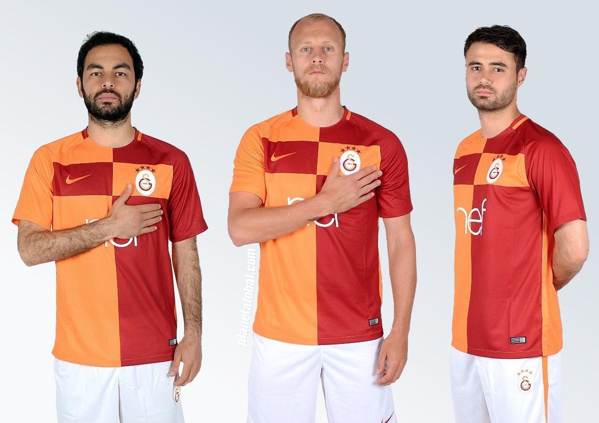 Nueva camiseta titular 2017-18 del Galatasaray | Imágenes Web Oficial