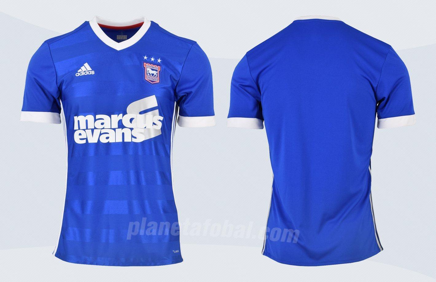 Camiseta titular del Ipswich Town FC | Imágenes Web Oficial