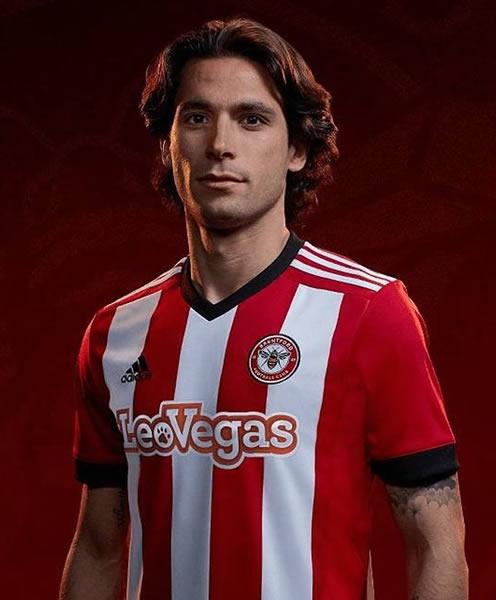 Camisetas titular Adidas del Brentford FC | Foto Web Oficial