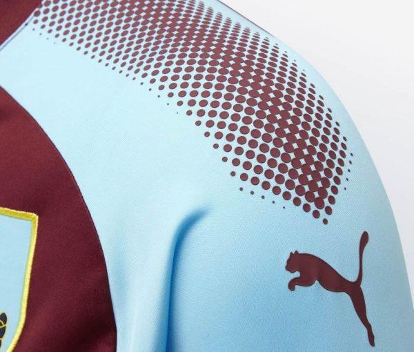 Camiseta titular Puma 2017-18 del Burnley FC | Foto Web Oficial