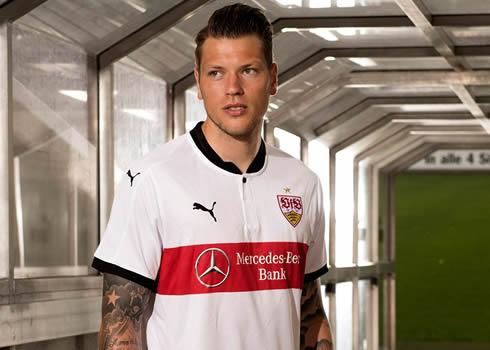 Daniel Ginczek con la casaca titular del Stuttgart | Foto Web Oficial