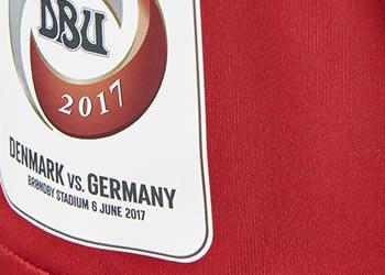 Camiseta edición limitada de Dinamarca | Foto Hummel