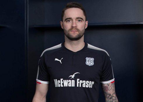 Camiseta titular del Dundee FC | Foto Web Oficial