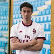 Riccardo Montolivo con la nueva casaca del Milan | Foto Adidas