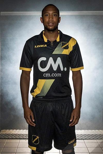 Camiseta suplente Legea del NAC Breda | Foto Web Oficial