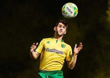 Camiseta titular Erreà 2017-18 del Norwich City | Foto Web Oficial