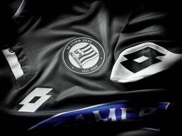 Camiseta suplente del SK Sturm Graz | Foto Web Oficial
