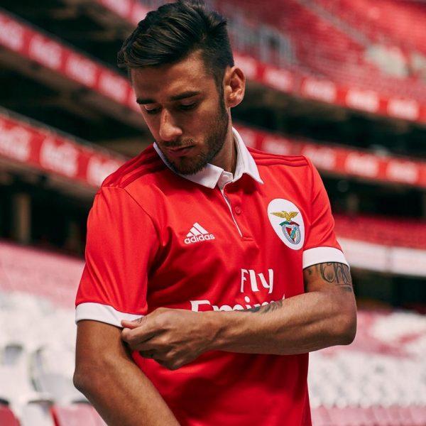 Salvio posó con la camiseta | Foto Adidas