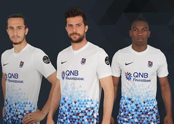 Nueva camiseta suplente 2017-18 del Trabzonspor | Foto Web Oficial