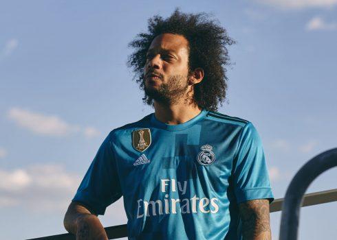 Marcelo con la tercera equipación del Real Madrid para 2017/2018   Foto Adidas