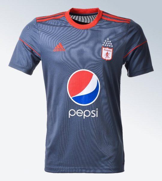 Nueva camiseta visitante del América de Cali | Foto Web Oficial