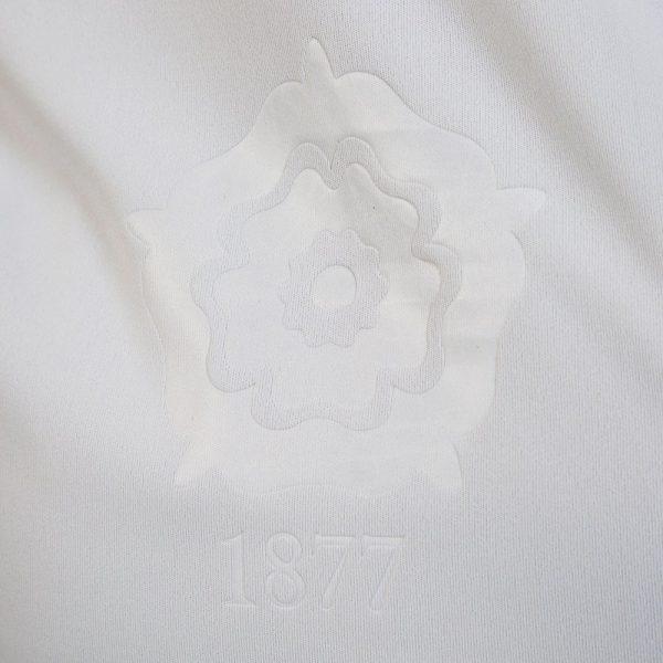 Camiseta titular Macron del Bolton Wanderers | Foto Web Oficial