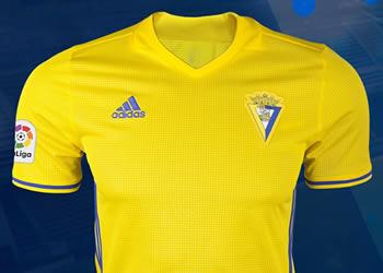 Equipación titular Adidas 2017-18 del Cádiz CF | Foto Web Oficial