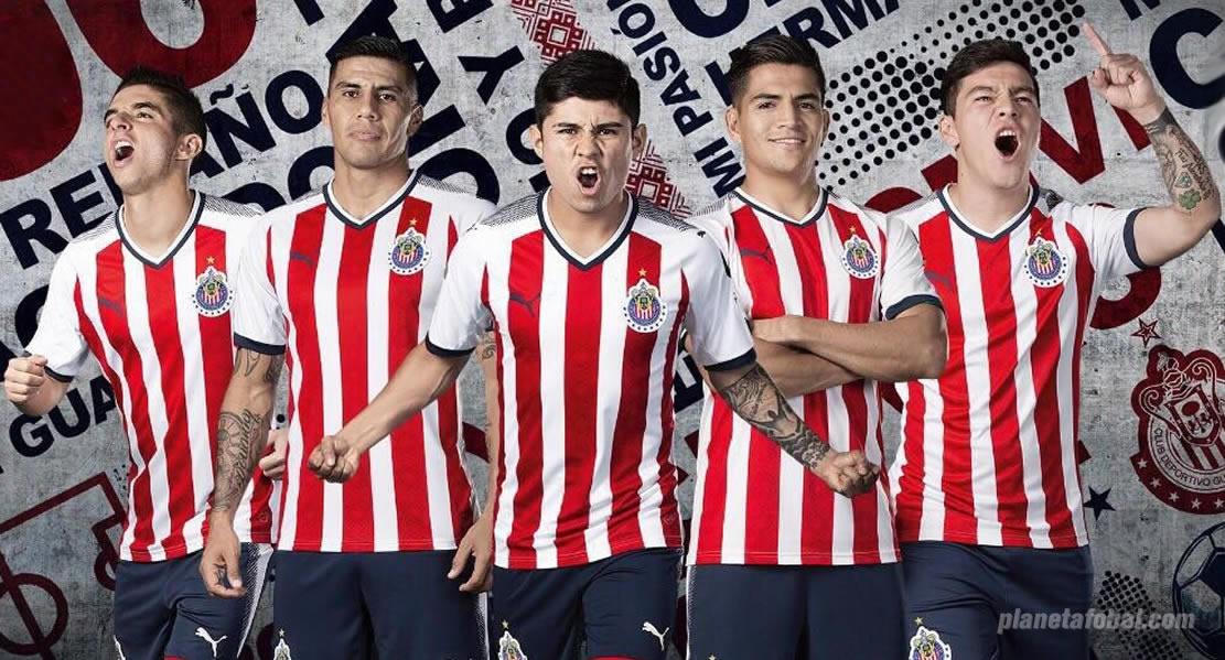 Camiseta titular de las Chivas de Guadalajara | Foto Puma