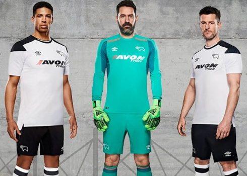 Camiseta titular Umbro 2017-18 del Derby County | Foto Web Oficial