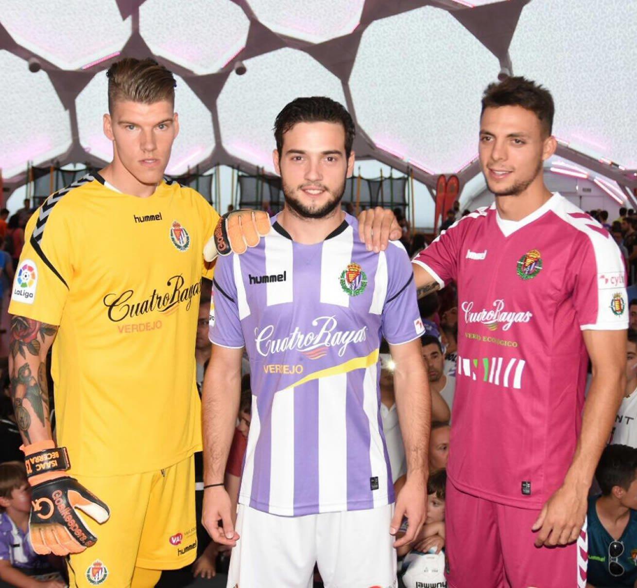 Camisetas Hummel del Real Valladolid | Foto Twitter Oficial