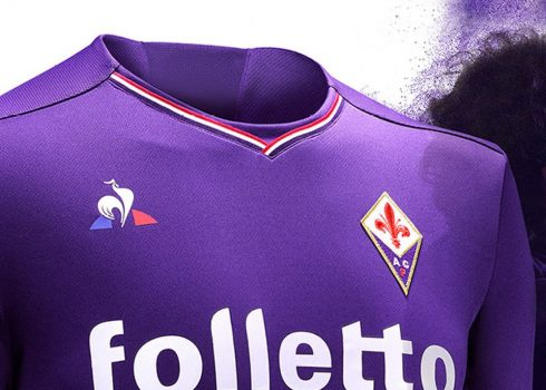Camiseta titular de la Fiorentina | Foto Web Oficial