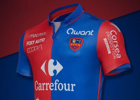 Camiseta titular Macron del Gazélec Ajaccion | Foto Web Oficial