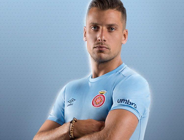 Camiseta suplente Umbro del Girona FC   Foto Web Oficial