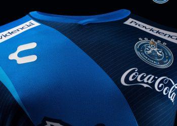 Camiseta visitante del Club Puebla | Foto Charly