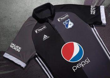 Nueva camiseta suplente Adidas de Millonarios | Foto AS Colombia