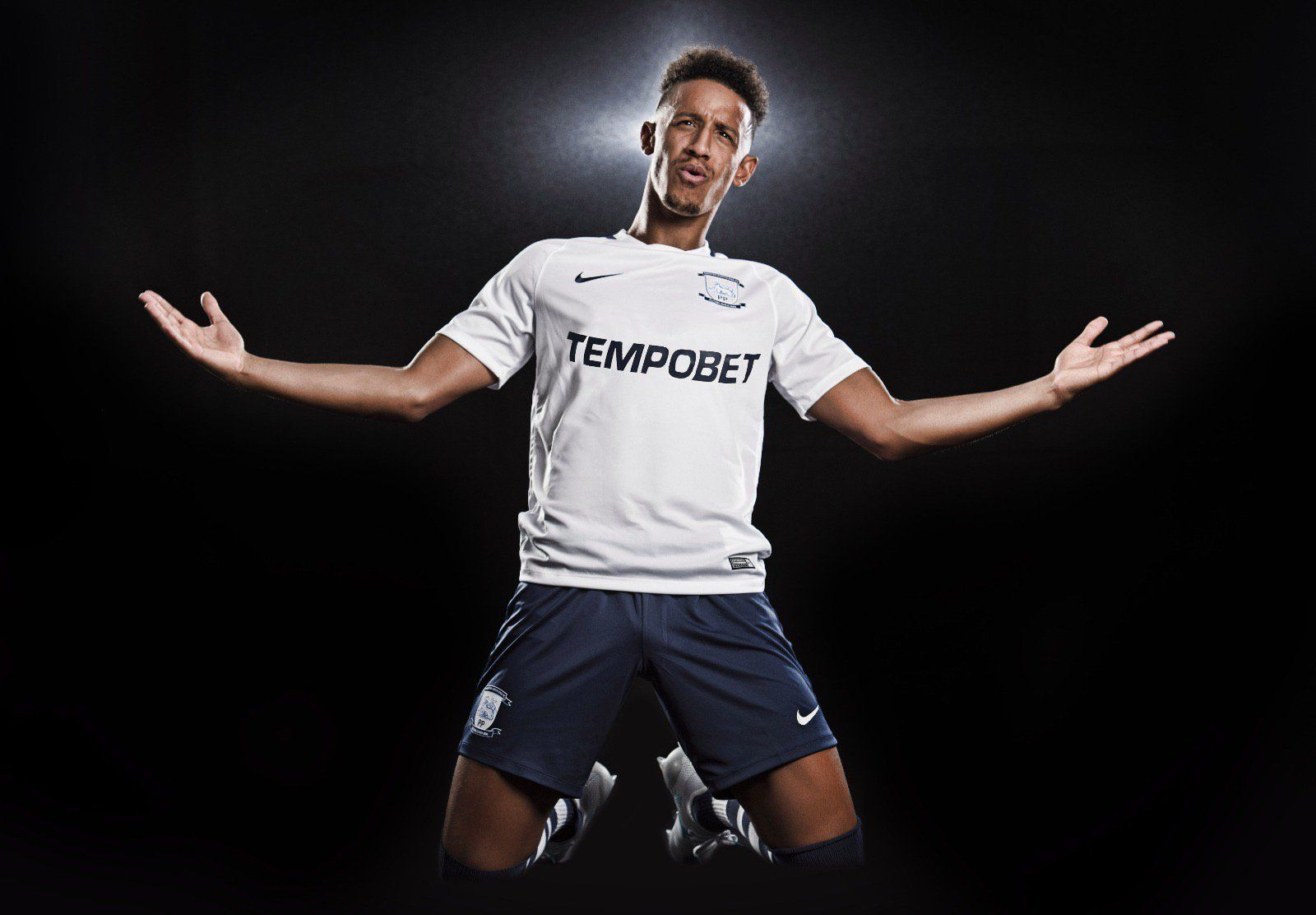 Camiseta titular Nike del Preston North End FC | Foto Web Oficial