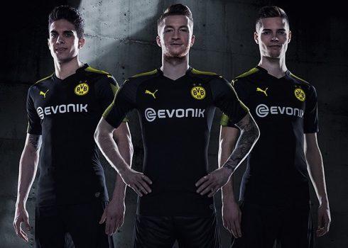 Camiseta suplente del Borussia Dortmund   Foto Puma