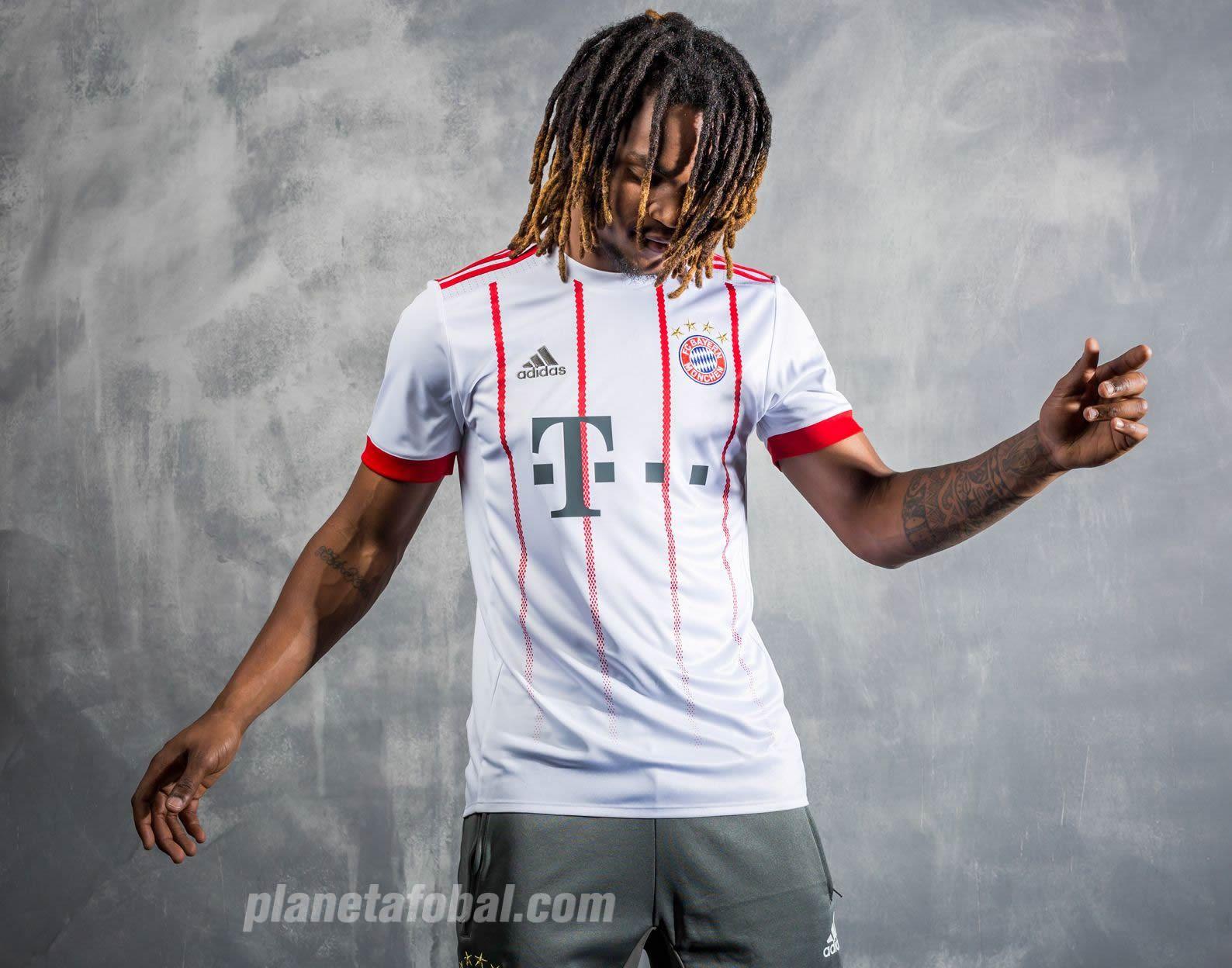 Renato Sanches posó con el kit | Foto Adidas