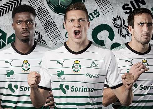 Nueva camiseta titular del Santos Laguna | Foto Twitter Oficial