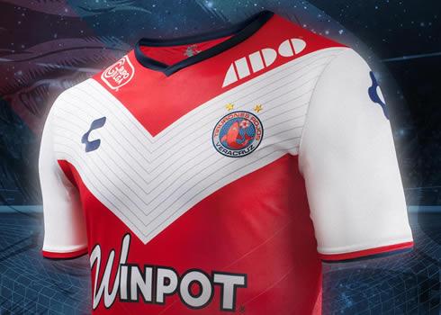Camiseta titular del Veracruz | Foto Charly