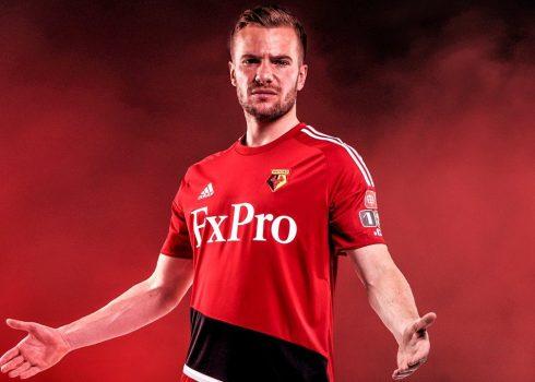 Camiseta suplente Adidas 2017-18 del Watford | Foto Web Oficial