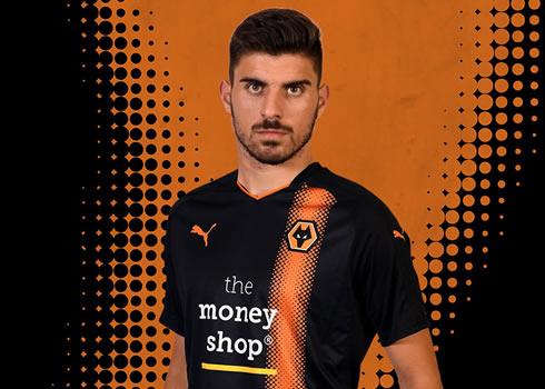 Camiseta suplente Puma del Wolverhampton | Foto Web Oficial