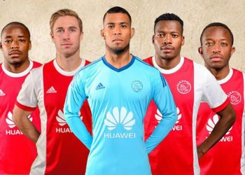 Camiseta titular del Ajax Cape Town | Foto Twitter Oficial