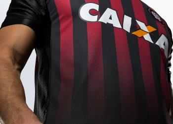 Camiseta titular del Atlético Paranaense | Foto Umbro
