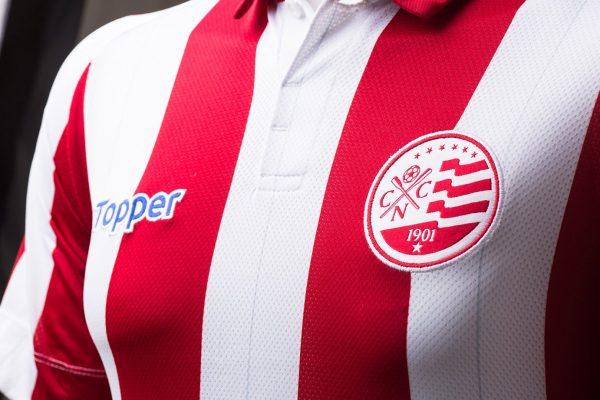 Camiseta titular del Náutico | Foto Gentileza Topper